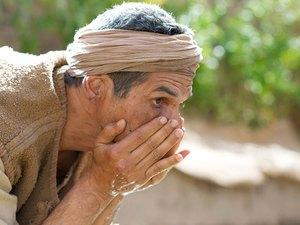 010-jesus-blind-man-pharisees